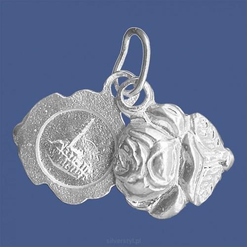 9da37560e4d6bf Medalik srebrny z wizerunkiem Matki Bożej Częstochowskiej